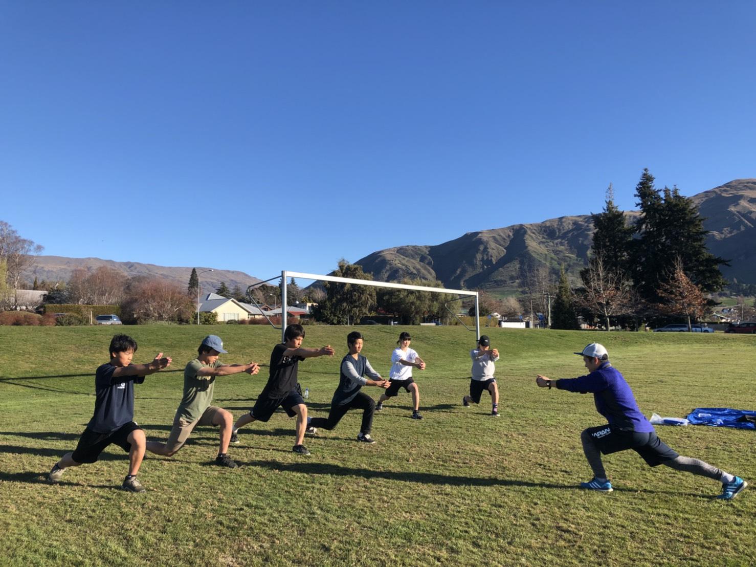 ㈷秋山トレーナーによるトレーニング指導